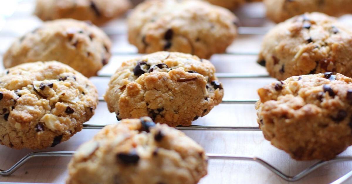 Crunchy Alomd Cookie